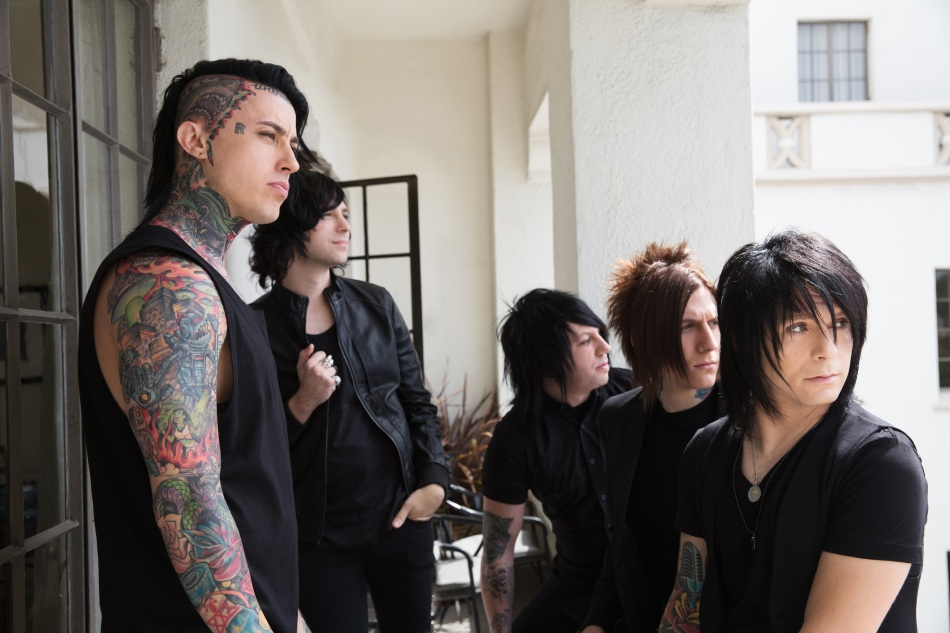 Falling_In_Reverse_Press_Photo_by_Cale_Approved