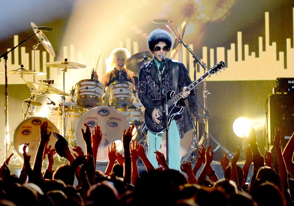 Prince+Billboard+Music+Awards+MGM+Grand+Garden+GJGVJj3-2eqx