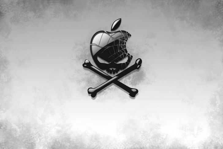 Apple-Piracy-Skull-Jolly-Roger-485x728
