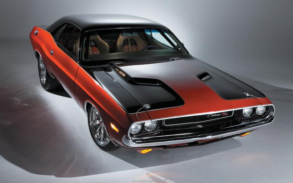 Dodge-Challenger-srt8-Hemi