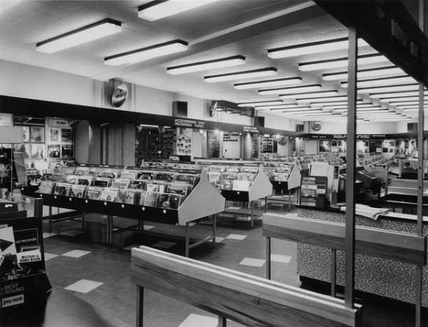 HMV-Oxford-Street-London-Specialist-music-and-accesories-late-1960s-e1360623383310