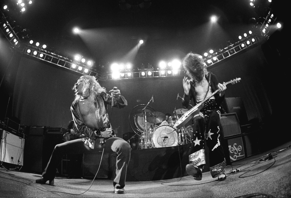 Robert Plant and Jimmy Page, Led Zeppelin, in concert 1975