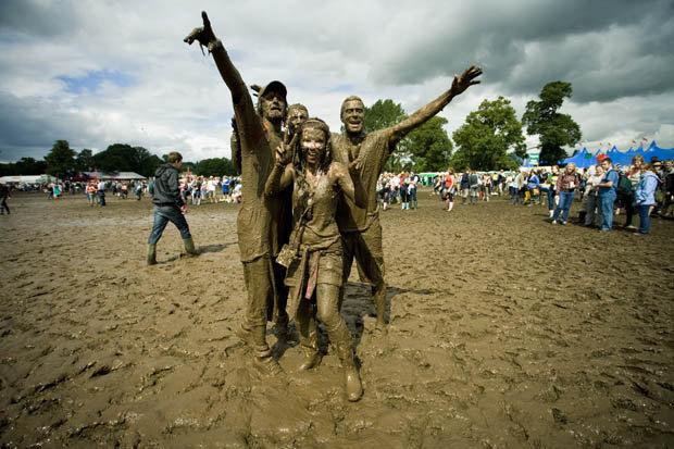 V_Festival_mud-389234
