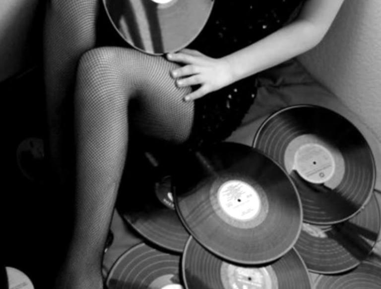 vinyl-girl