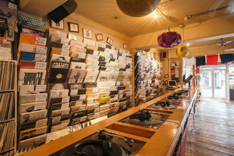 vinyl-sales