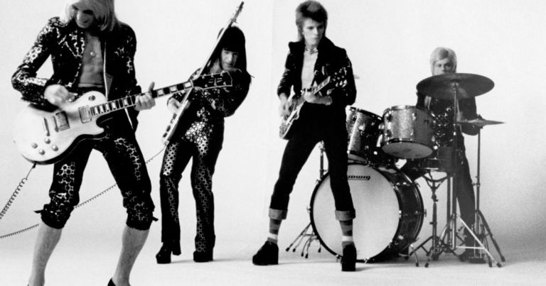 Ziggy-Stardust-And-The-Spiders-From-Mars