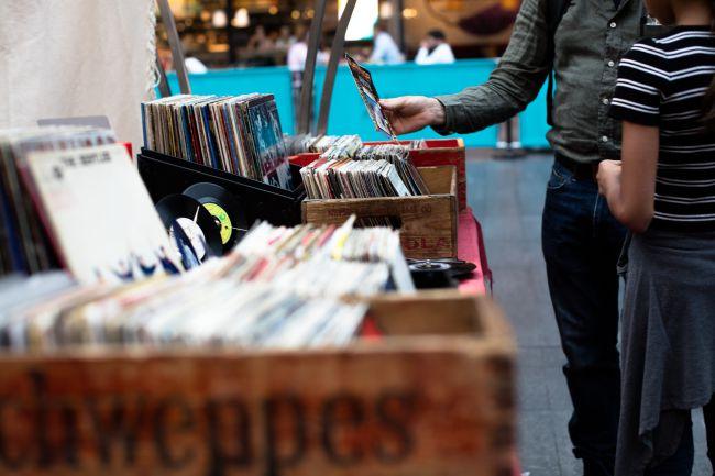 vinyl boxes